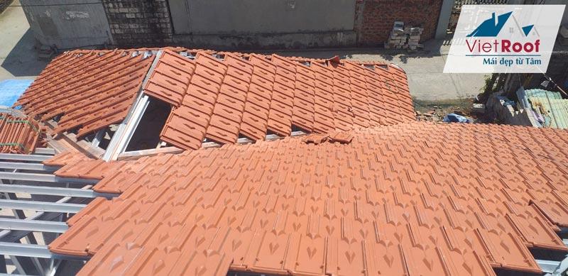 Thi công mái ngói khung kèo thép tại hải phòng